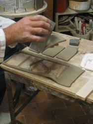 Lavorazione portaombrelli: fase della realizzazione dei rettangoli con fustella metallica
