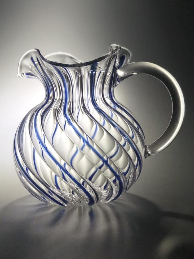 Brocca Torcello in vetro soffiato torchon