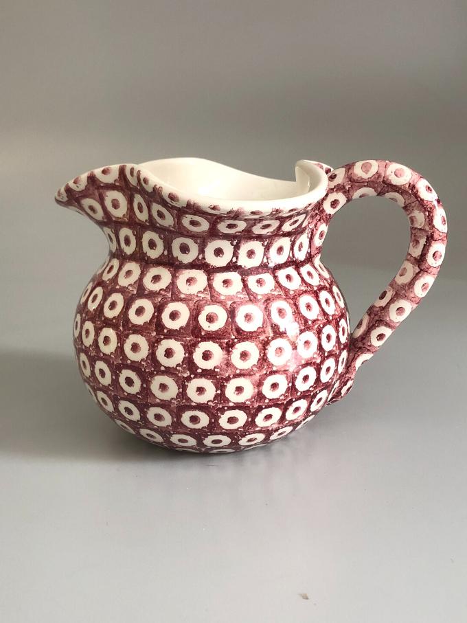 Brocca Torcello in ceramica tornita a mano e decorata a spugna