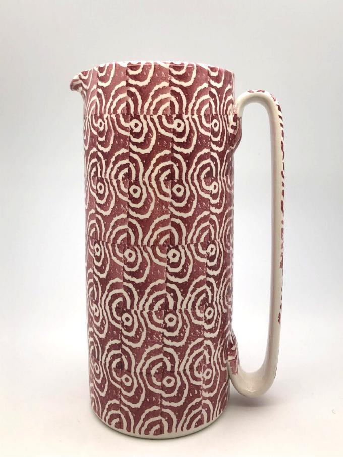 Brocca serlio in ceramica decorata a spugna motivo orecchioni